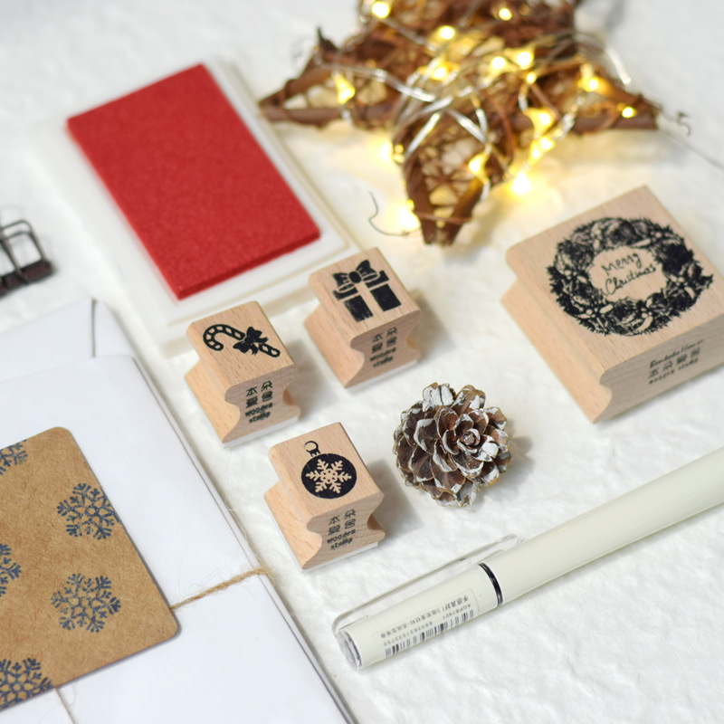 4Pcs/Set Mini Vintage Christmas Wooden Seal Scrapbooking Diary Rubber Craft Wax Seal Stamp Christmas And New Year Gifts