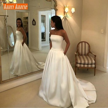 Luxury Customized Strapless Long Wedding Dress 2019 Satin Princess Wedding Gown Sleeveless Sweep Train Pockets Beach Bride Dress