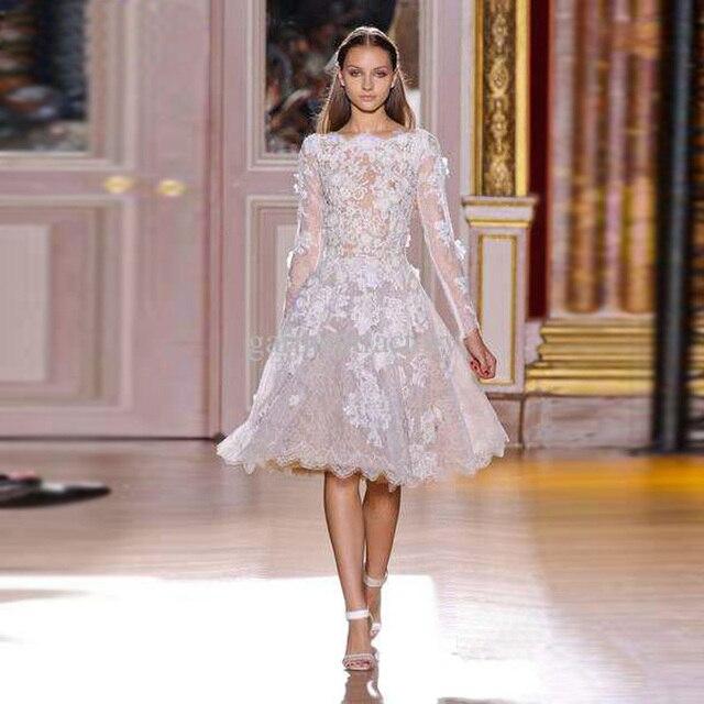 76acfa660 Haute Couture White Lace Sheer Manga Larga Corta Longitud de La Rodilla Del  Partido de Coctel