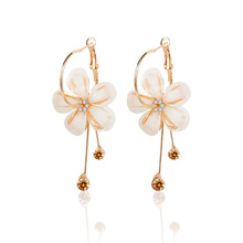 Trendy Acrylic Plant Women Dangle Earrings Simple Flower Pendant Earrings For Women Drops Earrings Fashion jewelry accessories