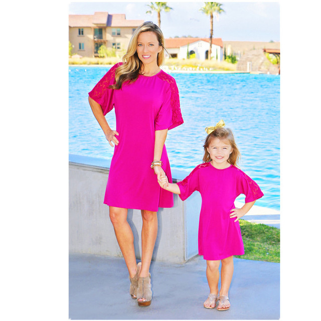 fe992f0f9f91 Family Matching Outfits Mommy and Me Clothes Mother Daughter Dresses Lace  Cotton Summer Beach Clothes Holiday Mom Baby Clothing