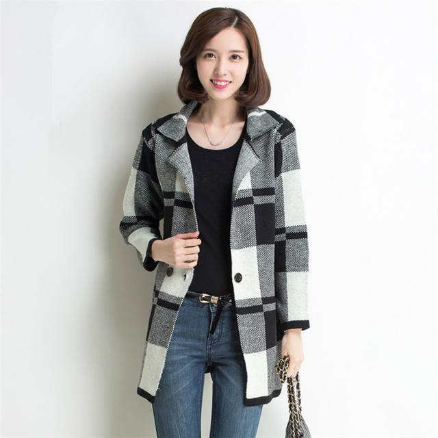 Otoño invierno Loose Cardigan 2015 mujeres Casual punto de ganchillo blusa de manga larga Tops mujeres suéteres largos de tallas grandes Cardigans