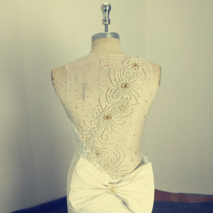 Image 3 - アメージング真珠イリュージョンロングイブニング弓シアーバックノースリーブのセクシーなフォーマルな日のmother花嫁ドレス