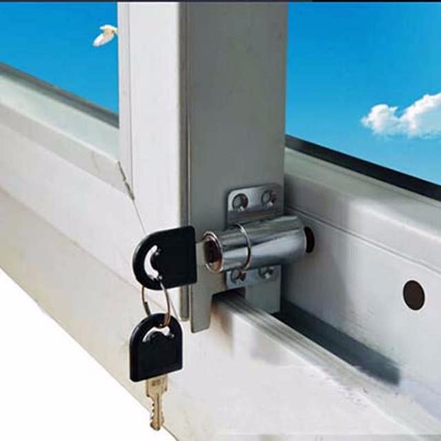 Comprar nuevas puertas y ventanas for Puerta seguridad ninos