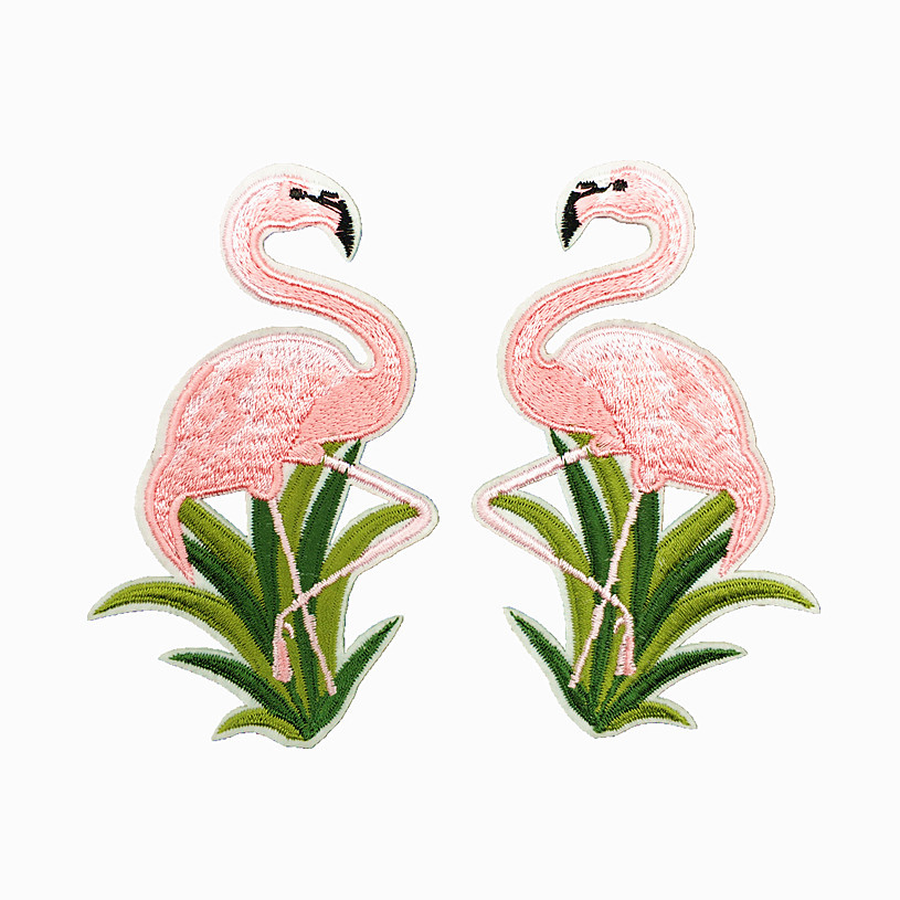 1pcs Top Cartoon Animal Patches Embroidered Flamingos Appliques Fabric Stickers for baby clothes bags DIY Patchwork Supplier