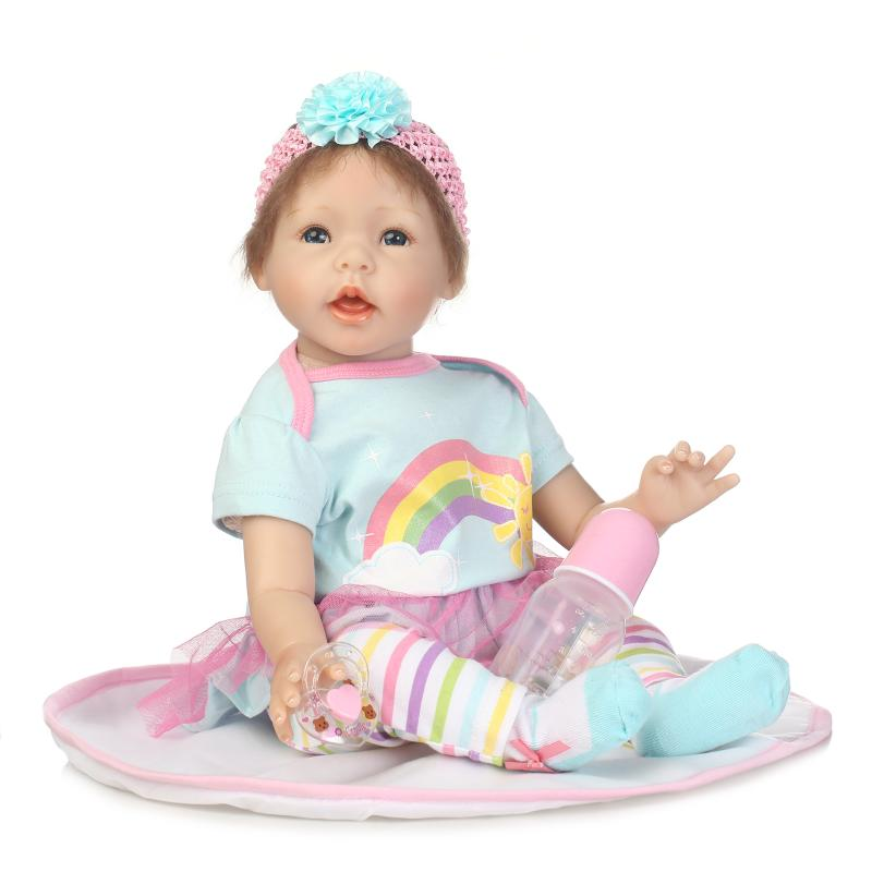 22'' 55cm Soft Silicone Reborn Baby Doll with green Dress Real Like Smile Bonecas Doll Reborn Birthday Xmas Gift For Girls