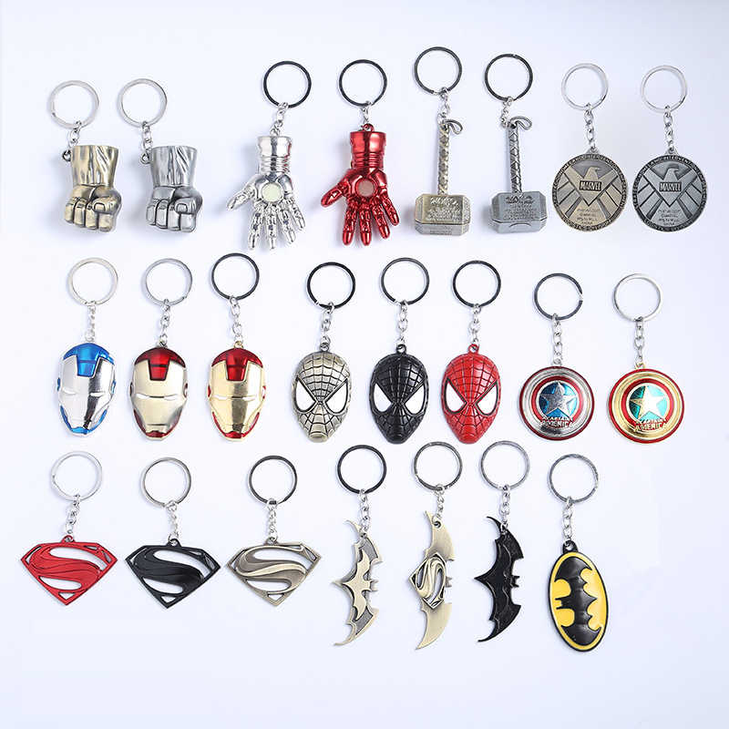 Marvel Avengers กัปตัน America Shield พวงกุญแจ Spiderman Iron Man Thor Mjolnir Superman Hulk Thanos Batman Keyrings ตัวเลข
