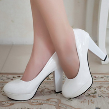 2016 Spring Black White Red Round Toe Thick Heel Single Women Shoes Patent Leather Pumps Platform High Heels Plus Size 42 ZK0.5