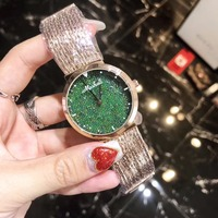 Nueva Llegó Verde Granos Cristalinos de Las Mujeres Relojes Vestido Reloj de La Manera de Las Borlas de la Pulsera Romántica Religio Montre femme W154