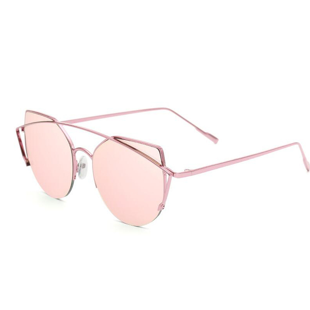 fffcb69ac04757 Metalen Frame Nieuwe gepersonaliseerde cat eye zonnebril Vrouwen trend zon bril  kleur film dames Luxe UV400