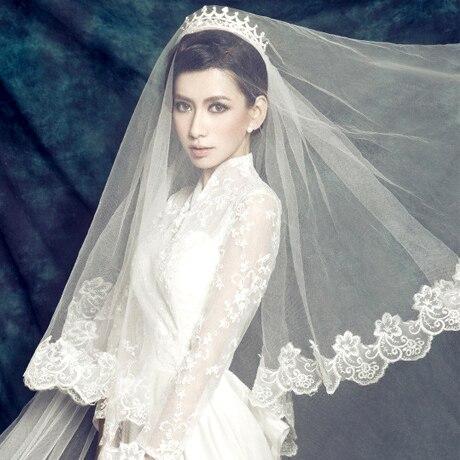 Wave laciness big veil long trailing wedding dress veil for Long veils for wedding dresses