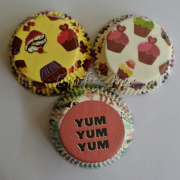 Free Shipping 300 Pcs Cupcake Liners Cake Decorating Supplies With 3 Patterns For Yummy Cakes Cup