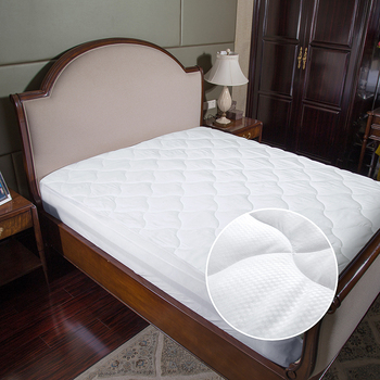 Naturelife Mattress Protector ypoallergenic Embossed Overfilled Vinyl Free Plush Breathable Dust Mite Resistant mattress