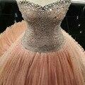 Elegante 2016 Peach querida Strapless vestido de baile de tule Quincenera vestido com frisada corpete doce 16 vestido de princesa