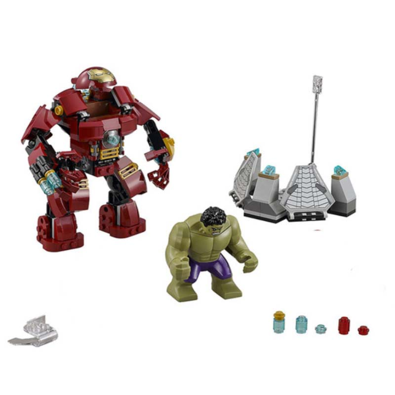 07102 420pcs Sermoido Marvel Super Heroes Batman Iron Man Hulk Building Blocks Compatible 76104 Brick Toy For Children in Blocks from Toys Hobbies