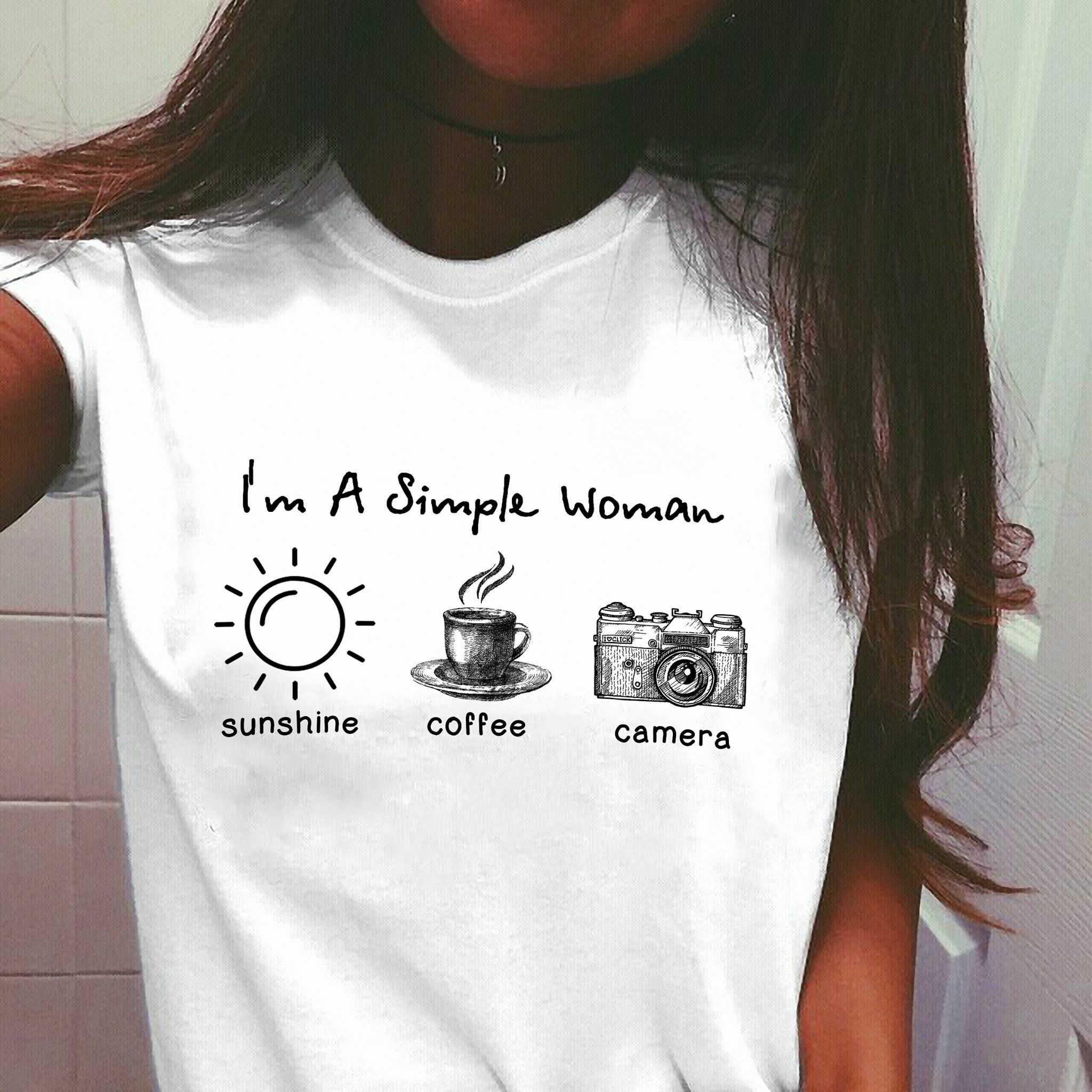 Ik Ben Een Eenvoudige Vrouw Sunshine Koffie En Camera Wit Shirt Vrouwen Ronde Hals T-shirt Grunge Esthetische Slogan camiseta Tees Tops