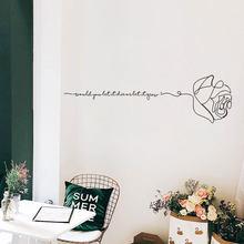 Autocollant mural rose de l'alphabet anglais, étiquette artistique créative, motif de personnalité, décoration de fond de dortoir de chambre à coucher, sparadrap