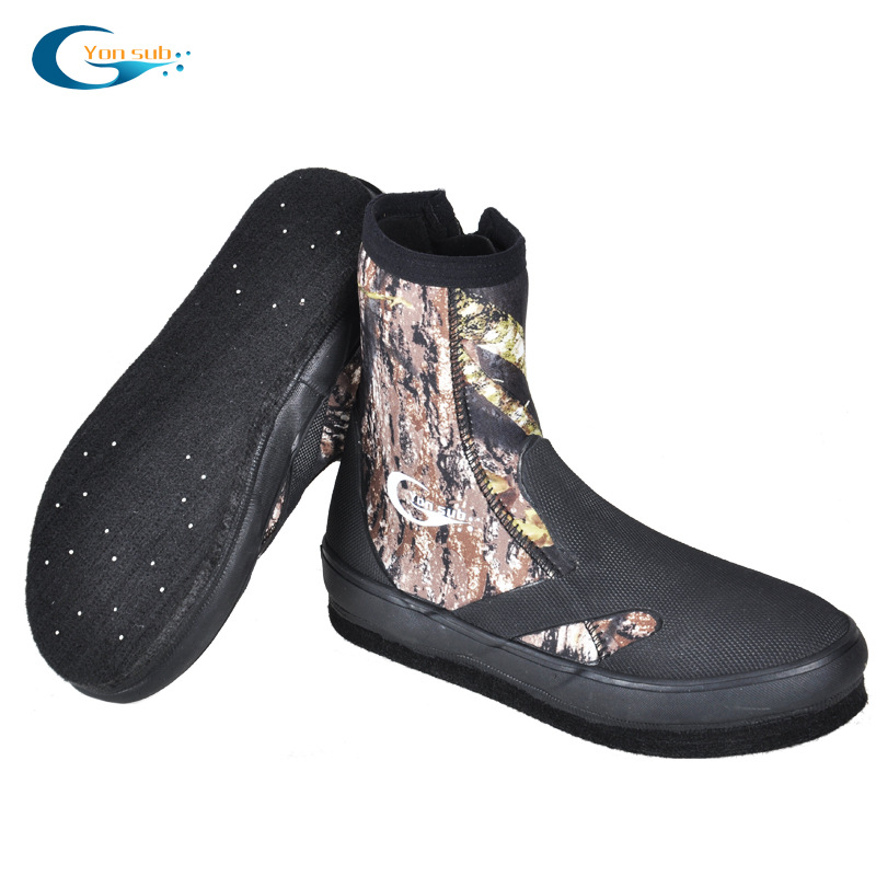 5MM Neoprene Hard wearing Upstreaming Shoes Non slip thermal Fishing Shoes Camouflage Diving Boots Men Water