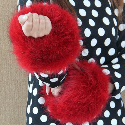 Autumn and winter women's Large cuff oversleeps hand ring fur wrist support faux oversleeps hand ring fox fur arm warmer
