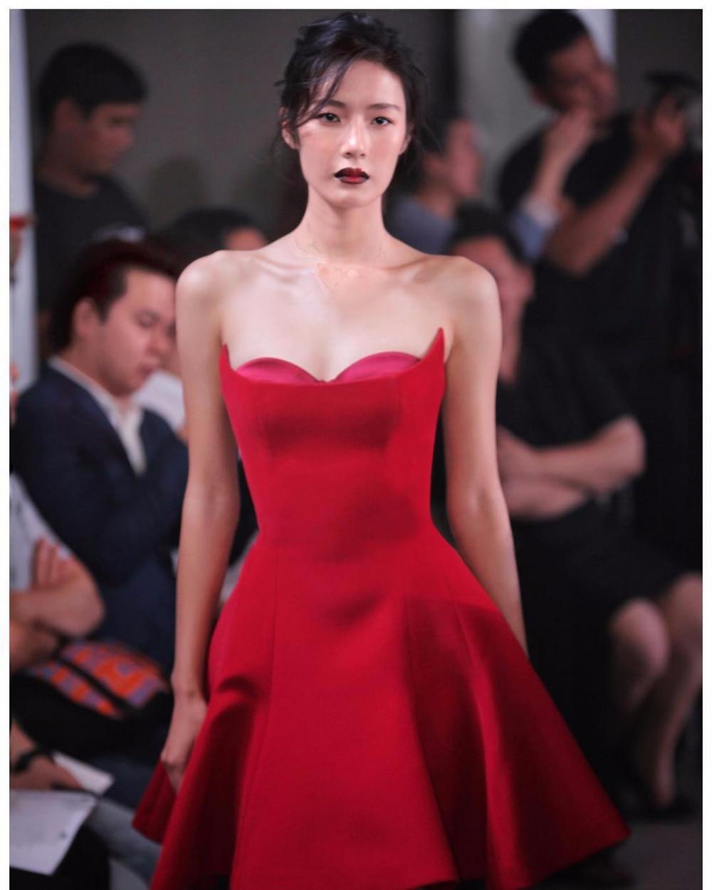 Vintage Robe A Femmes Bretelles 2018 Nouveau Mini Dames Sexy Rouge Charme ligne Parti Piste xYAqZ6qwg