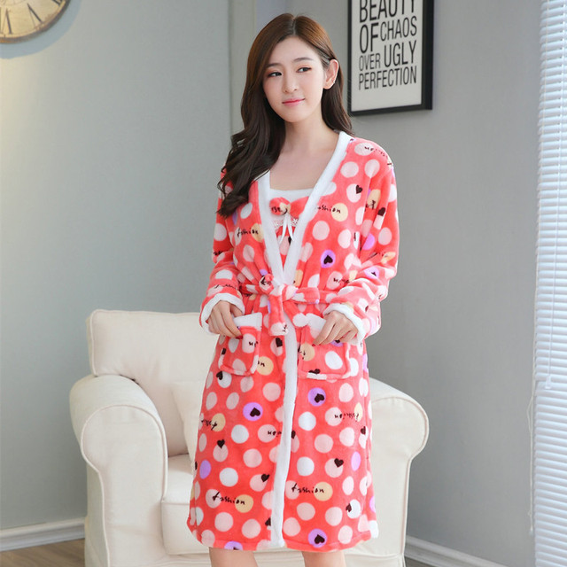 05b16e4b32 New Winter Flannel Nightwear Two Piece Warm Home Wear Clothes Lovely  Nightgowns Sleepwear Women s Sleep   Lounge Sleepshirts