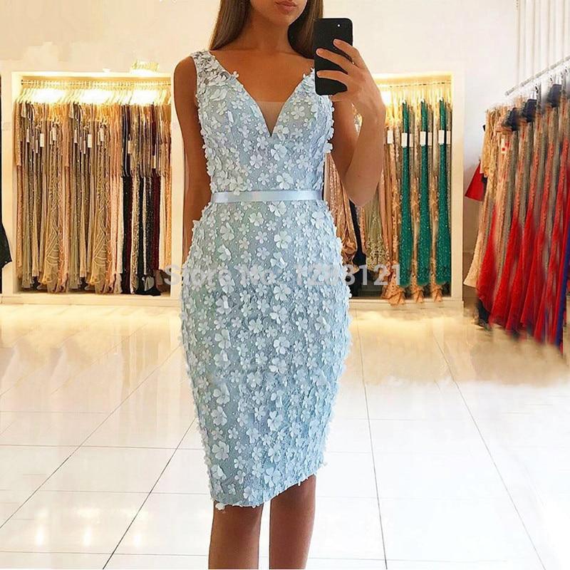Blue 2019 Elegant   Cocktail     Dresses   Sheath V-neck Knee Length Lace Flowers Beaded Sexy Homecoming   Dresses