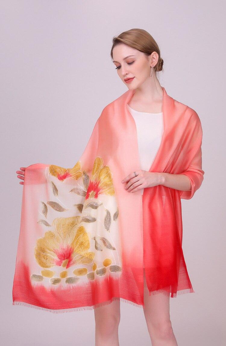 Foulard en laine de soie marque de luxe 2019 femmes fleur broderie écharpe Wrap châle dames automne hiver Long doux écharpes plage châle