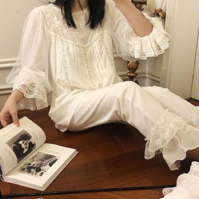 بيجامات نسائية قطنية ناعمة مطرزة يدويًا أطقم بيجامات للخريف حلوة بيضاء للنساء بيجامات أكمام طويلة ملابس نوم 2228