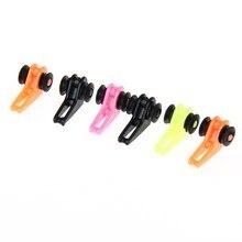 6Pcs Plastic Fishing Rod Pole Hook Keeper Lures Hooks Safe Spoon Bait Treble Holder Small Fishing Tool Accessories Random Color