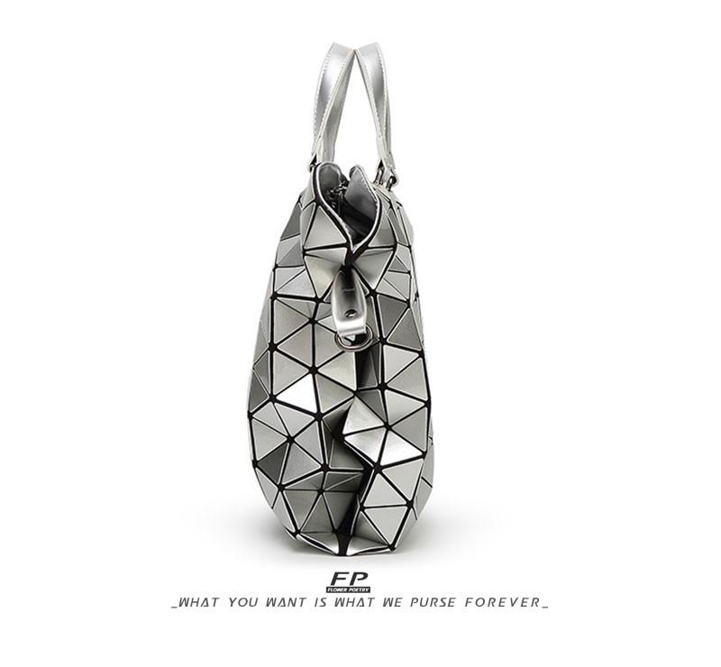 Bao-Bao-Famous-Brand-Woman-Bag-Plaid-tote-Handbags-Fashion-Shoulder-Bags-Diamond-Lattice-Handbag-Bolsa-briefcase-issey-miyake_06