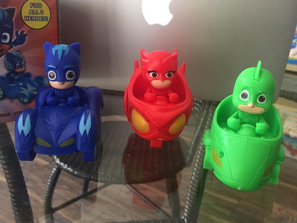 цены  3pcs /set Conor Greg Amaya PJ Masks Characters Catboy Owlette Gekko Cloak with slide car Action Figure Toys Gift For Children
