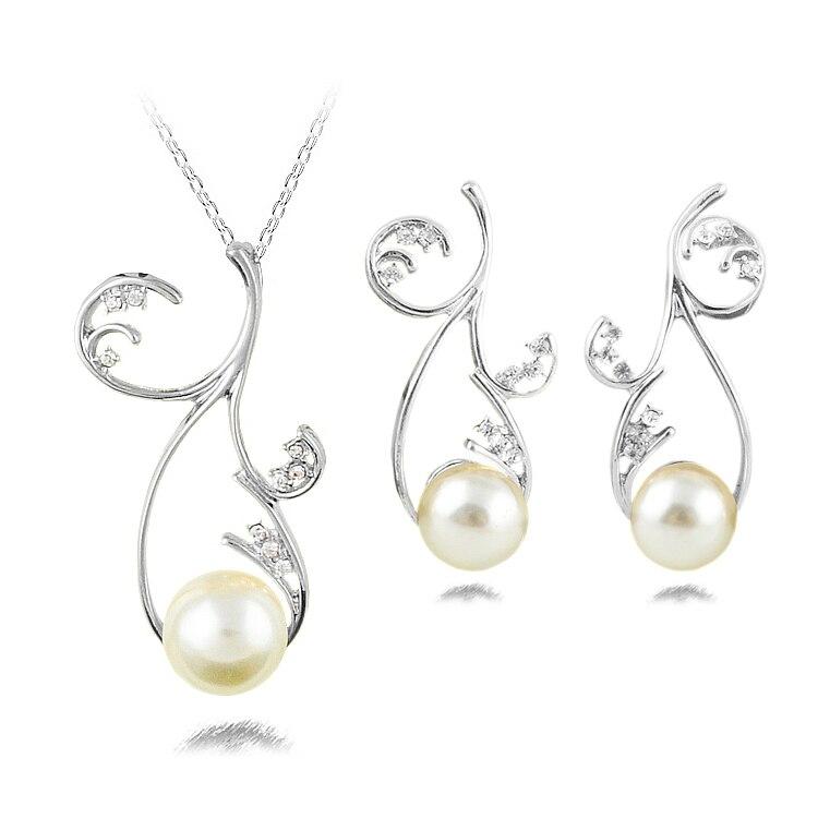 ffc1d4435b6b Venta caliente de la manera del estilo simple Joyería fina Sets cristal  perla choker colgante Collares y Pendientes regalos del partido