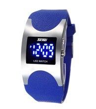 Estilo coreano Vivid Color Caramelo de La Jalea Relojes para Girls & Boys de La Manera Diseñador Reloj Digital LED Reloj de Pulsera Deportivo De Goma NW787
