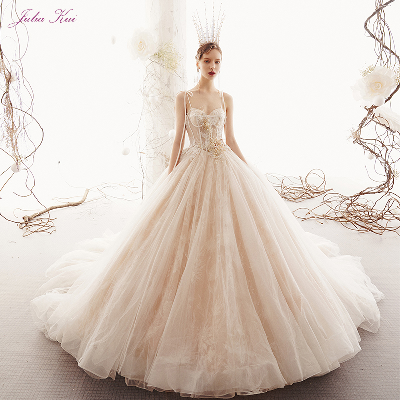 Julia Kui New Style Sweetheart Ball Gown Wedding Dress 2019 Beaded Pearl Chic Tiered Tulle Spaghetti Straps Lace Up Bride Gown