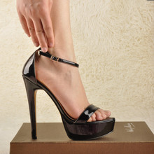 Onlymaker Vrouwen Peep Toe Platform Stiletto Sandalen Enkele Band Patent Leather Ankle Gesp Party Dress Zomer Sandalen