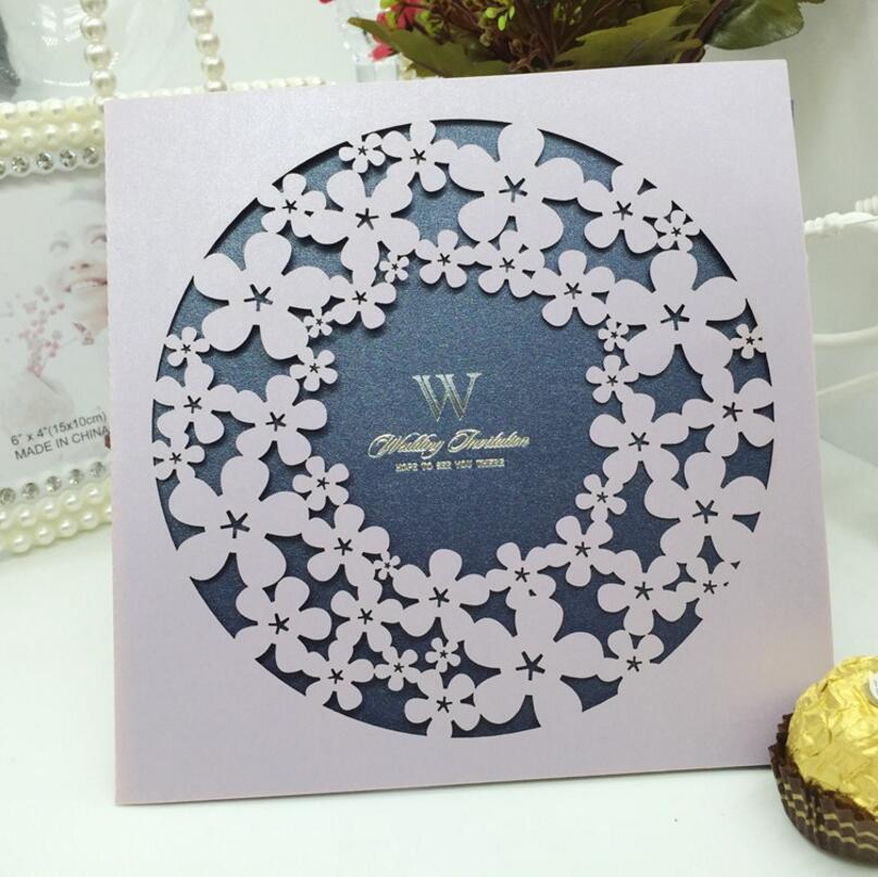 ФОТО 50pcs/pack Round Hollow Out Flower Invitations Cards Engagement for Marriage Anniversary Birthday Paper Cardstock