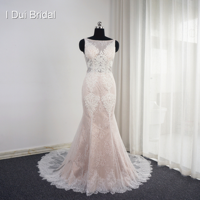 Sleeveless Mermaid Blush Wedding Dresses Appliqued Low Back Unique Design Sexy Bridal Gown High Quality