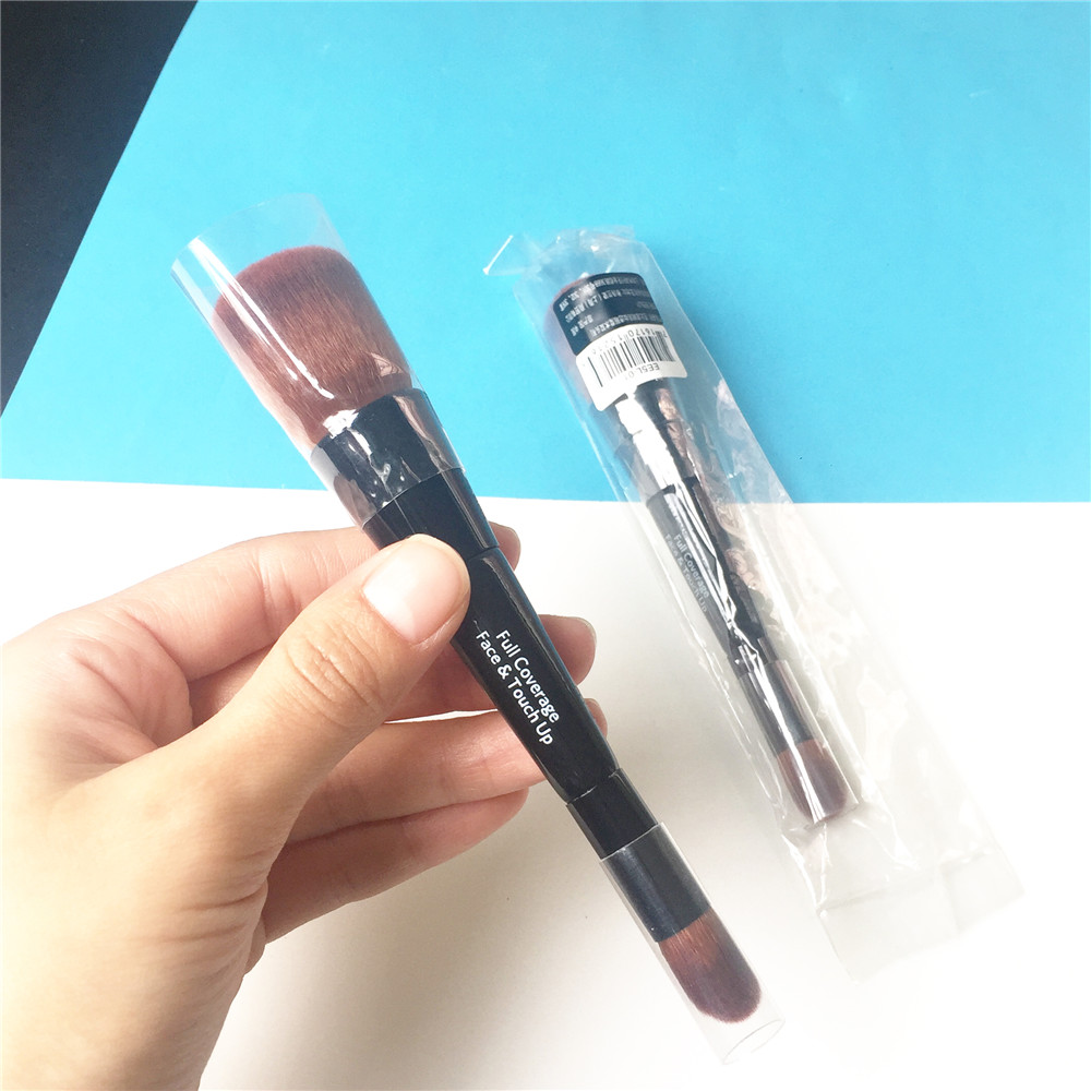 Full Coverage Face & Touch-up Brush _5