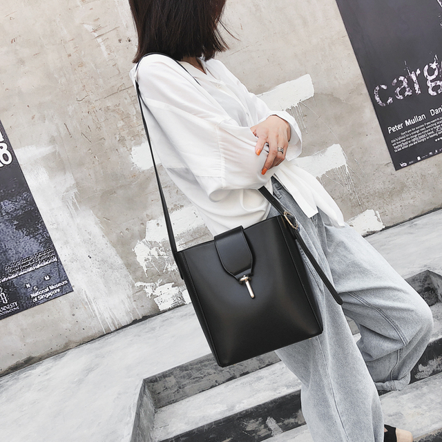 Burminsa Fall Bucket Shoulder Bags Female Large Capacity Designer Handbags Women Shopper Bags PU Leather Ladies Hand Bags 2018 4