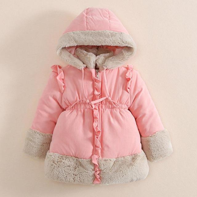 2017 moda Gola de Pele Com Capuz Para Baixo Jaqueta de Inverno Bordado Bebê Menina Para Baixo Crianças Jaqueta de Algodão Parka exteriores 1-6 anos