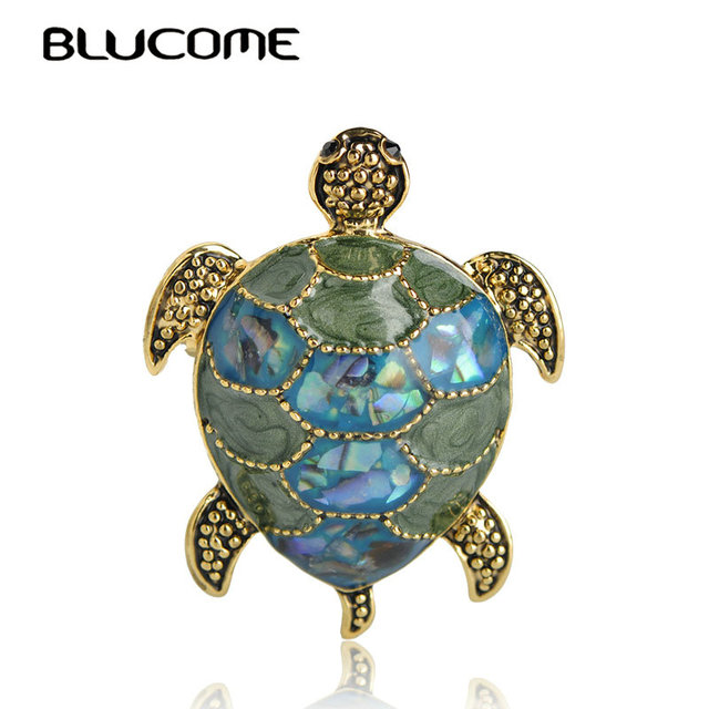 Blucome Luxury Abalone Shell Turtle Brooches Corsages Vintage Animal Brooch  Bouquet Scarf Buckles Tortoise Hijab Pin 0f4fb2ecfcc3