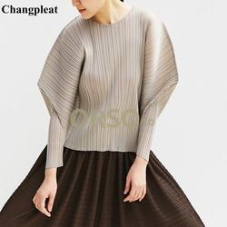 Changpleat 2019 verano nuevas mujeres camisetas sueltas Tops Miyak plisado moda diseño sólido cuello redondo talla grande camiseta femenina