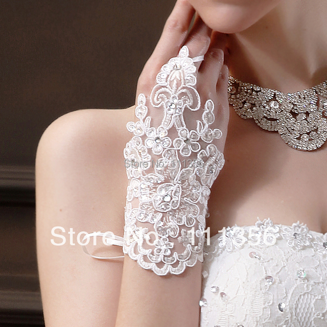 Lantejoulas Sexy Fingerless Luva Nupcial do Laço Do marfim Comprimento Do Vestido de Casamento Acessórios Luvas de Pulso