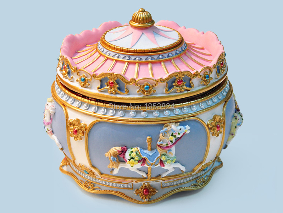 Carousel music box (13).jpg