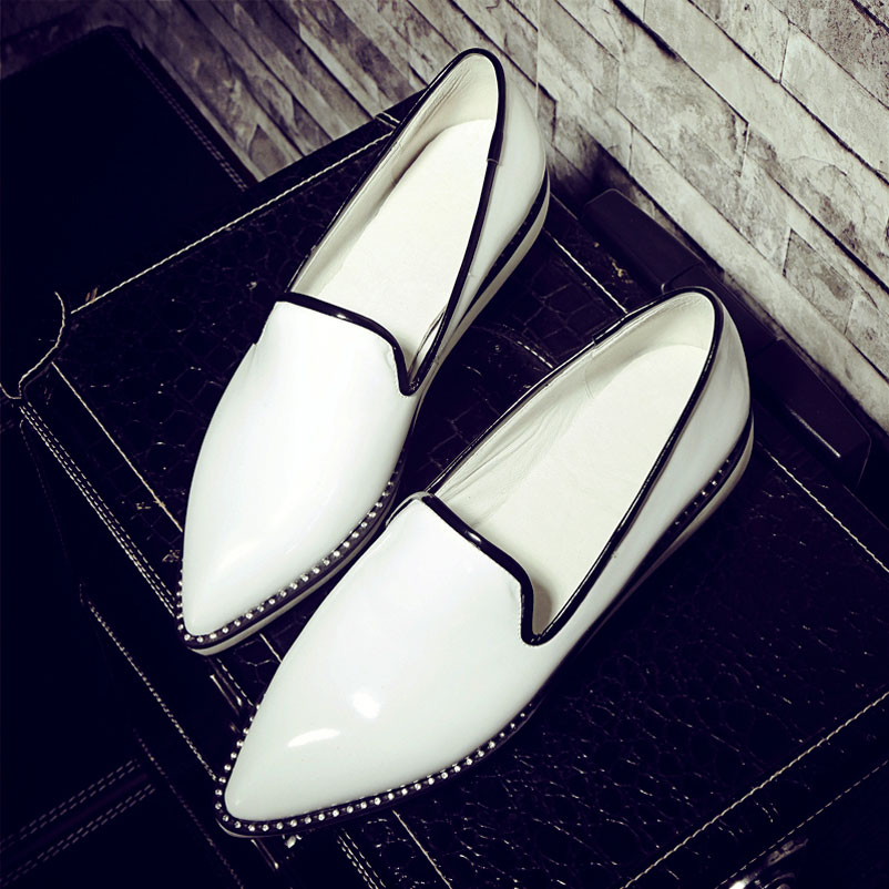 2016 Flat Shoes Woman Pointed Toe Women Famous brand Casual Loafers Spring Footwear PU Patent Leather Ladies Shoes Plus Size 42 flat shoes women pu leather women s loafers 2016 spring summer new ladies shoes flats womens mocassin plus size jan6