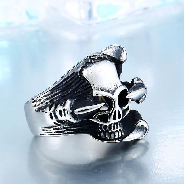 STAINLESS STEEL CLAW SKULL RINGS