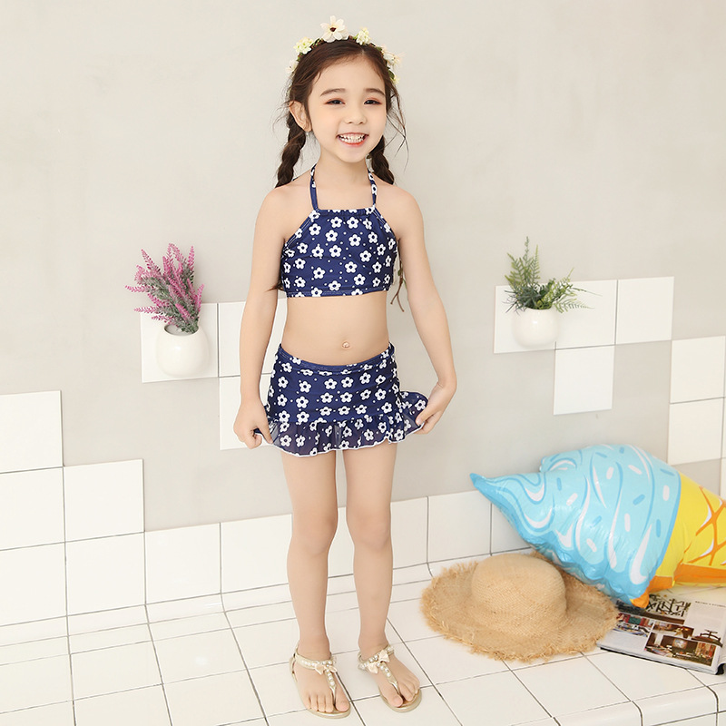 2018 Girl Kid Striped Swimwear Crop tops Child Cute Two piece Swimsuit Swim Bathing Suit Tanga Brazilian Pool Baby Beach Wear