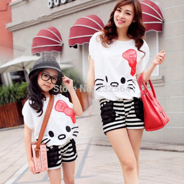 Family clothing sets new summer style hello kitty Bat Shirt + Shorts 2 PCS set Mother and daughter set Girls Women clothing
