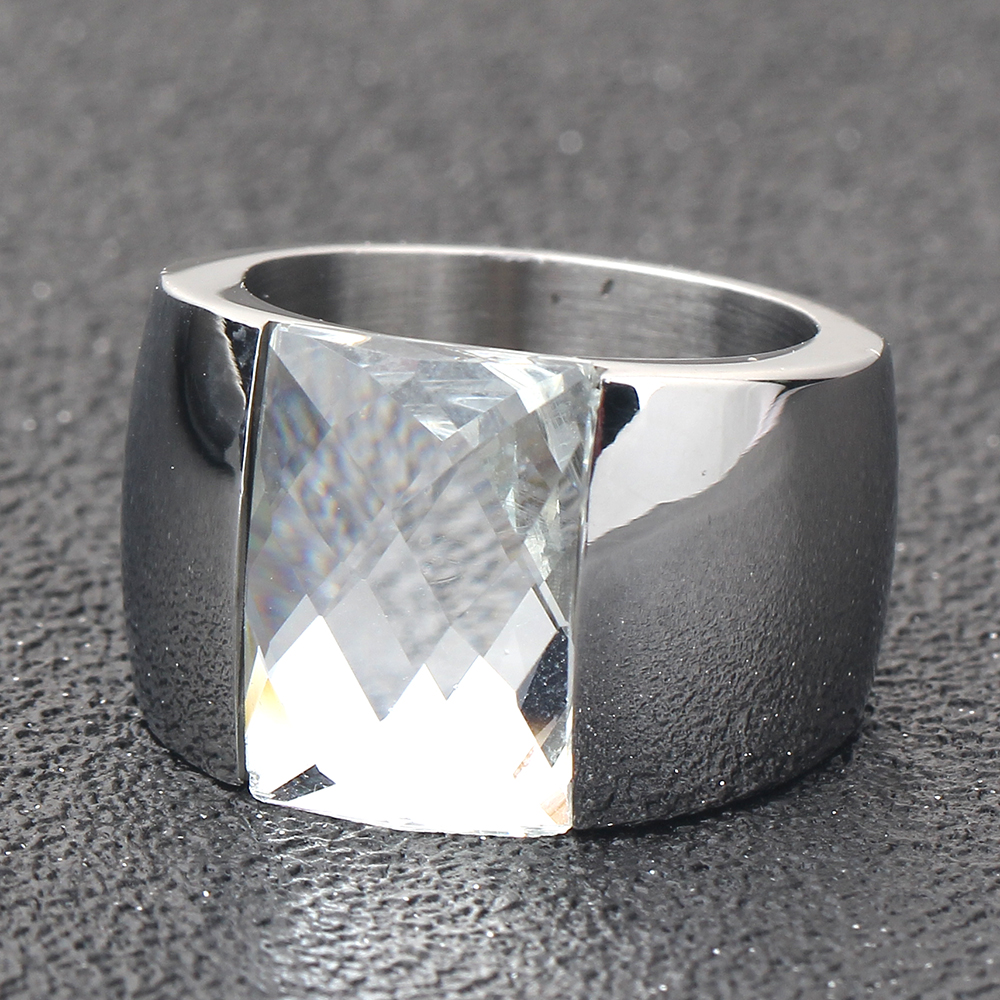 Fashion Stainless Steel Crystal Ring Female Titanium Wedding Ring for women