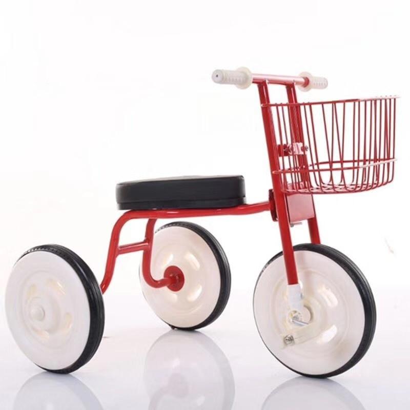 Triciclul pentru copii 1-6 - Activitățile și echipamentul copiilor